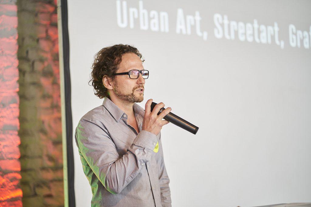 RJ334_Urban_Art_Symposium_Colouring_Urbanana_45